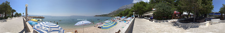 360° panorama of central beach in Tučepi, street Kraj